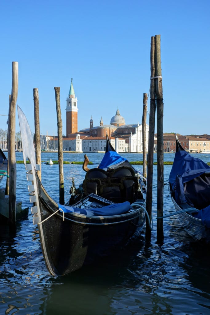 Venice overnight and on a budget, what to see and do to make the most of a short visit! St. George's Island, doges palace, san marco, st mark's square, duomo, gondola, water bus, Rialto Bridge, bridge of signs, italy, italia, things to do in venice, venice on a shoestring, venice on a budget, 24 hours in venice, 48 hours in venice, venice for backpackers