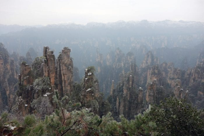 Visiting Zhangjiajie (The Avatar Mountains) – How to visit this wonderful, awe inspiring but confusing place, best routes around Zhangjiajie, how to spend 4 days, how many days do I need in Zhangjiajie, best view points in Zhangjiajie, national forest park, Wulingyuan, where should I stay to visit Zhangjiajie, how to get to Zhangjiajie, monkeys, attack, tourist, tourism, avatar, mountains, Changsha, plan, map, where to stay, village, 张家界 ,武陵源,  Zhangjiajie China, Zhangjiajie National Forest Park, Zhangjiajie travel, Zhangjiajie weather, Zhangjiajie map