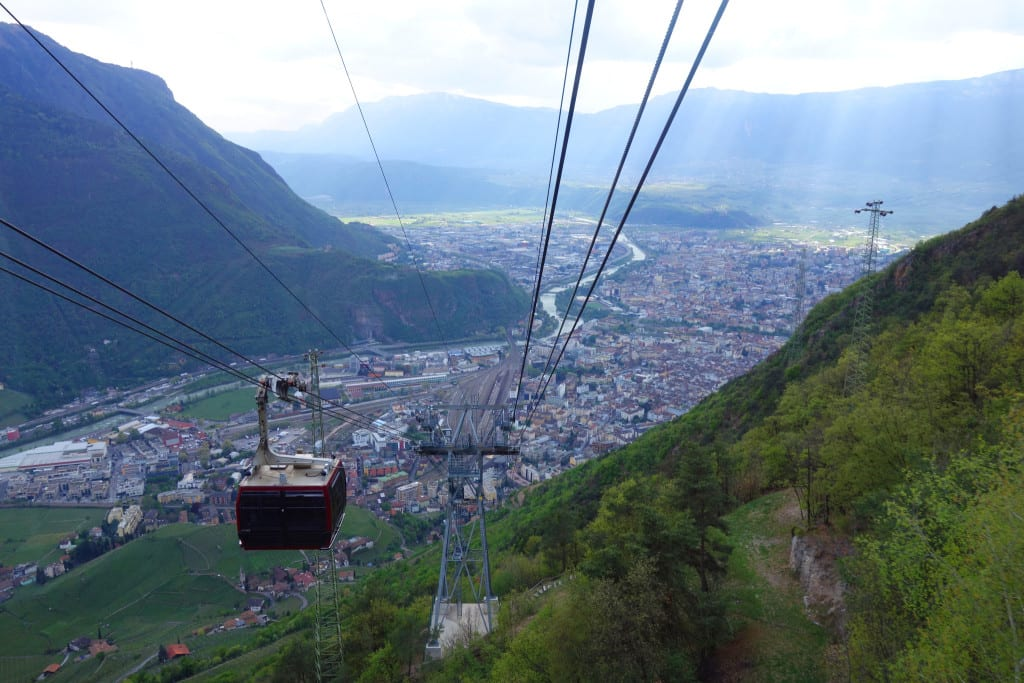 A round up of our time in amazing Italy! Bolzano, cable car, Milan, como, bellagio, varena, dolomites, badia, venice, tips, things to do,