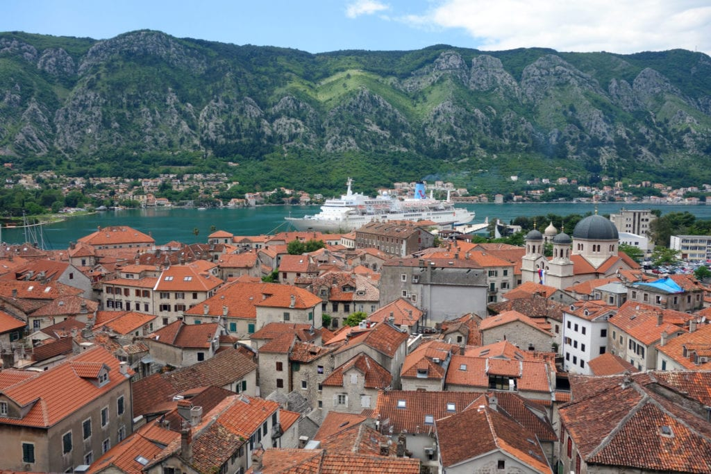 A guide to Kotor, Montenegro. The small but perfectly formed old fjord city surrounded by mountains! Dubrovnik, things to see in Kotor, tripadvisor, things to do in kotor, guide, top 10, top ten, best things to do.