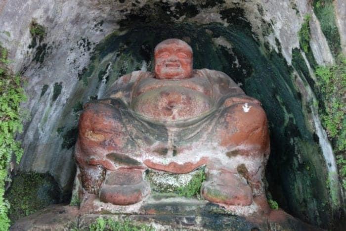 Leshan buddha from chengdu, Leshan buddha entrance fee, Leshan giant buddha scenic area, Leshan buddha bus, condition, acid rain, sandstone, age, height, facts, bus, train, transport, cost, hike, steps, monks, buddhism, Visiting the awe inspiring Leshan Giant Buddha, the largest pre modern Buddha in the world!