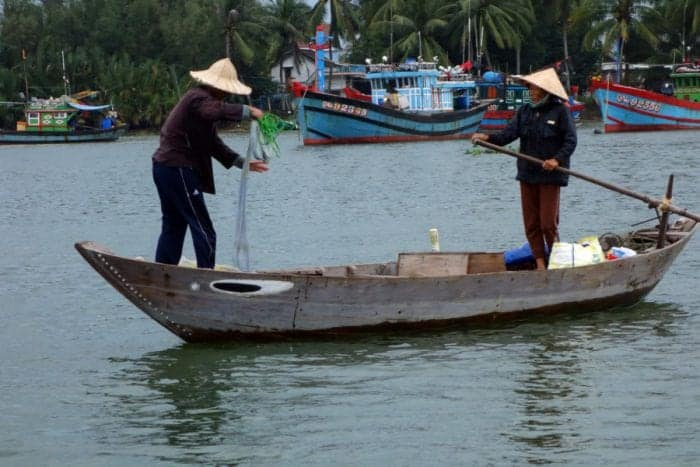 Discovering the real Vietnam with Jack Tran Eco Tours, Hoi An, fishermen, rice paddy, rice fields, buffalo, meet real people, boat, coracle, tour, Vietnam, culture, South East Asia, Hoi an tours, tours Hoi An, traditional